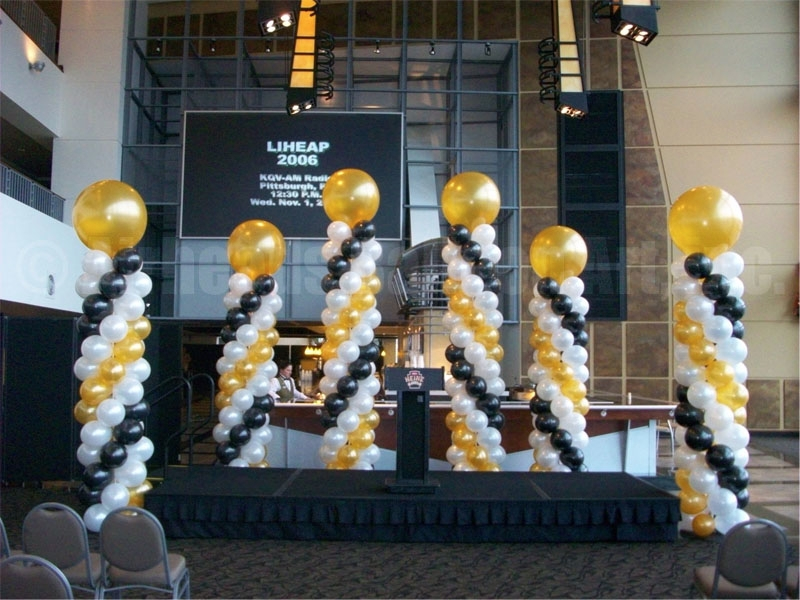 stage-columns-by-airheads-balloon-art