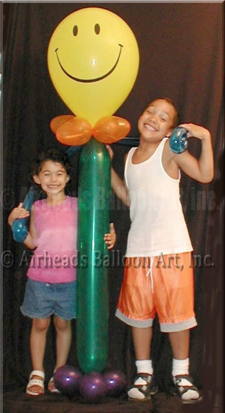 smiley-guy-by-airheads-balloon-art