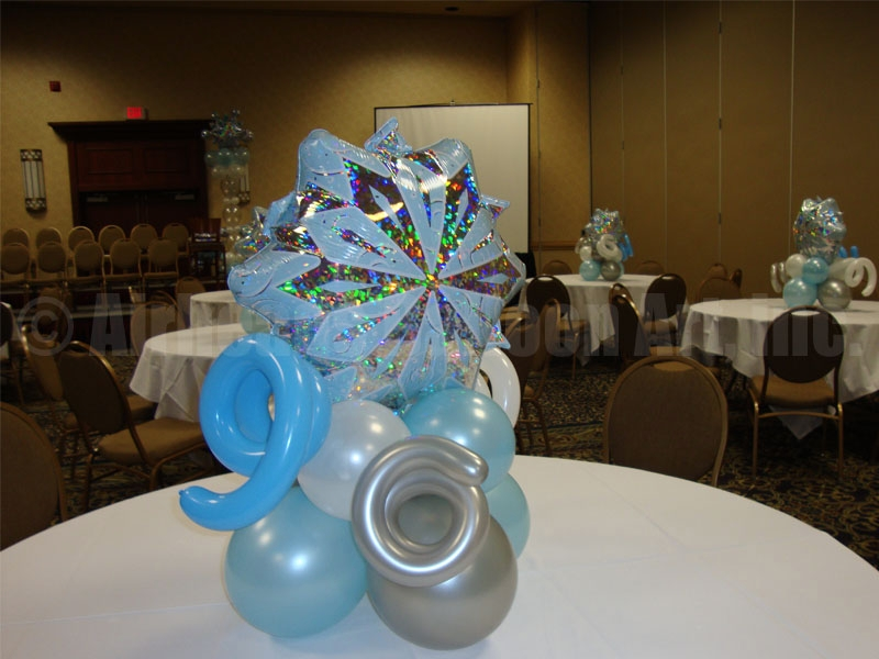 2-table-pieces-by-airheads-balloon-art