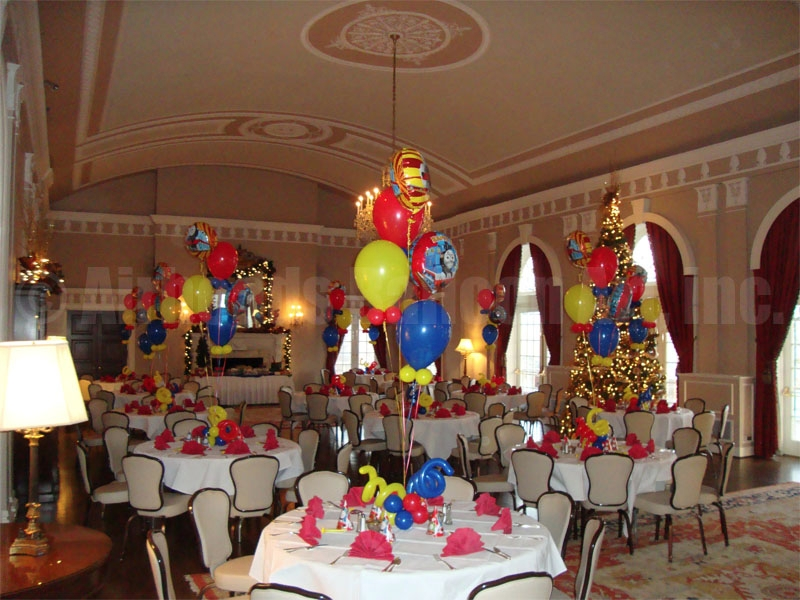 3table-pieces-by-airheads-balloon-art