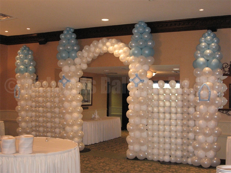 castle-entry-by-airheads-balloon-art