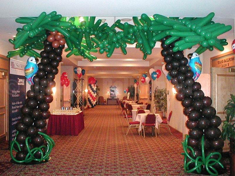 palm-trees-by-airheads-balloon-art