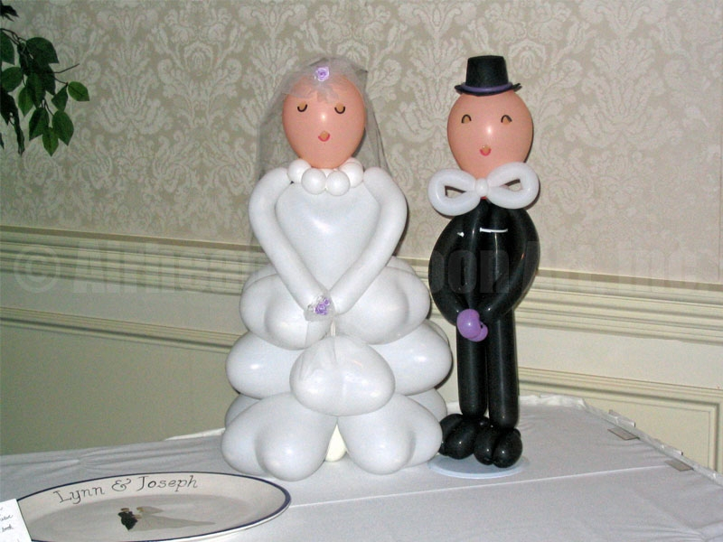 tabletop-bride-groom-by-airheads-balloon-art